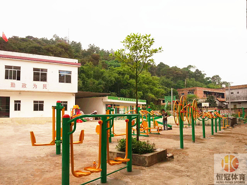 健身路径设施